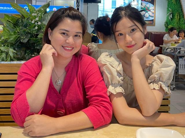 Lương Thùy Linh khoe nhan sắc của mẹ thời trẻ đẹp như Hoa hậu - 11