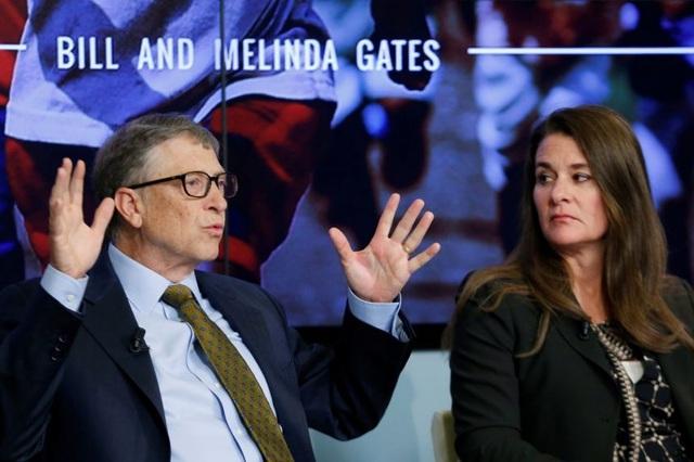 Báo Mỹ tiết lộ thời điểm vợ chồng Bill Gates bắt đầu tính chuyện ly hôn - 1