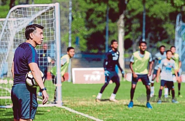 Đội tuyển Việt Nam gặp khó trước đội hình 7 cầu thủ nhập tịch của Malaysia? - 1