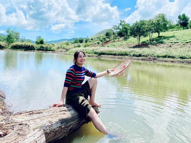 Cô gái bỏ nhà phố, xe sang ở Sài Gòn về quê cuốc đất làm nông dân - 8