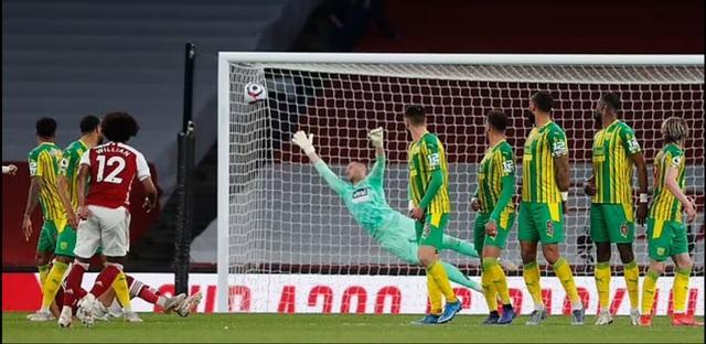 Đội bóng thứ hai ở Premier League chính thức xuống hạng - 2