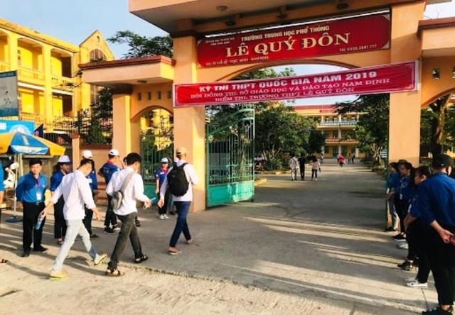 Nam Định: 61 giáo viên, học sinh bị cách ly âm tính lần 1 với SARS-CoV-2 - 1