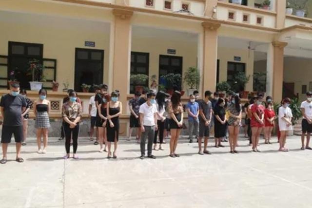 Bắc Ninh: Khởi tố vụ án liên quan 33 nam nữ hát karaoke trong mùa dịch - 1