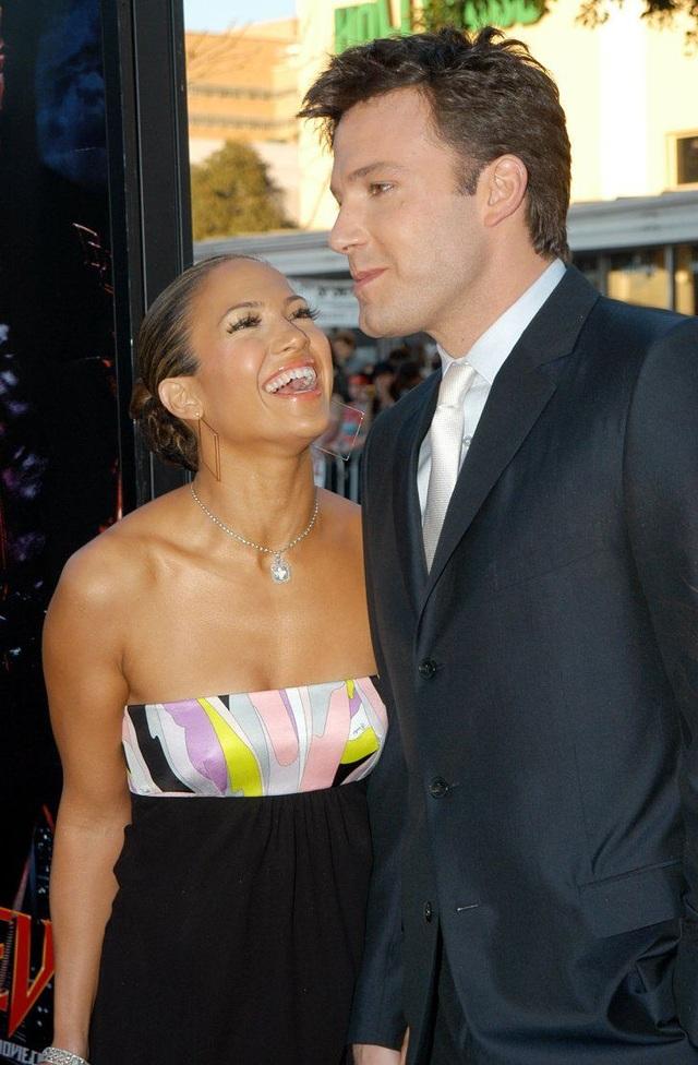 Alex Rodriguez nghĩ gì khi thấy Jennifer Lopez tái ngộ Ben Affleck? - 3