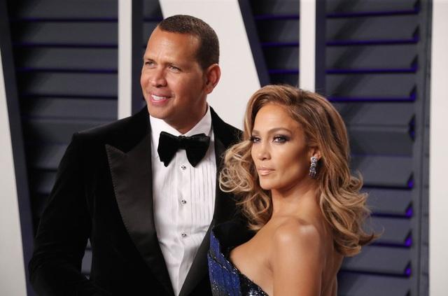 Alex Rodriguez nghĩ gì khi thấy Jennifer Lopez tái ngộ Ben Affleck? - 7
