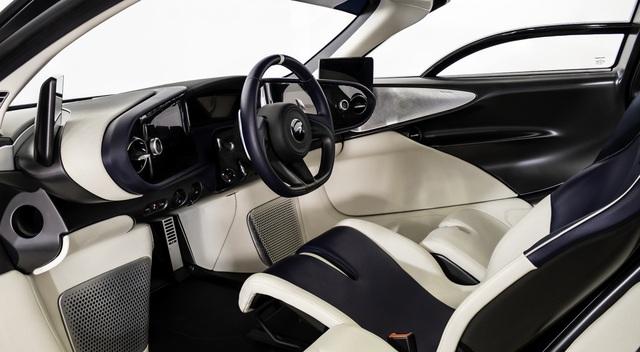 Siêu xe McLaren Speedtail mới đi 1km được rao bán gần 3,5 triệu USD  - 6