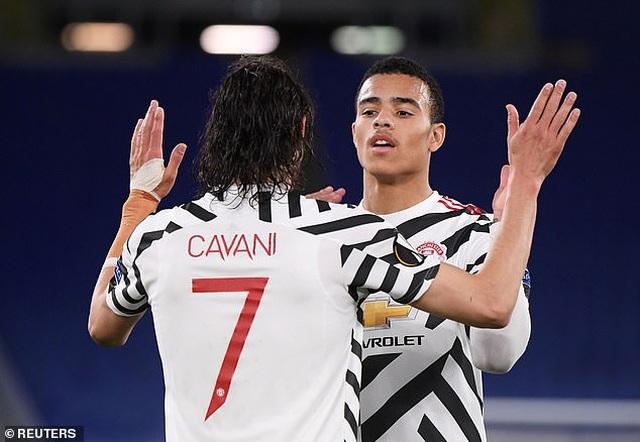 Cavani ở lại Man Utd thêm một mùa giải - 2