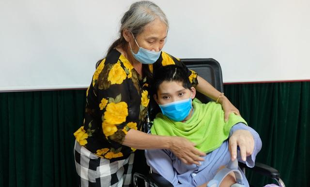 Bạn đọc giúp đỡ hơn 85 triệu đồng tới người mẹ kiệt sức tìm sự sống cho con - 2