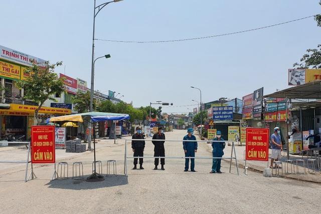 Thừa Thiên Huế chuẩn bị kịch bản giãn cách xã hội toàn tỉnh - 2