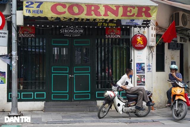 Hàng loạt quán bia ở Hà Nội gấp rút đóng cửa tạm thời vì dịch Covid-19 - 3