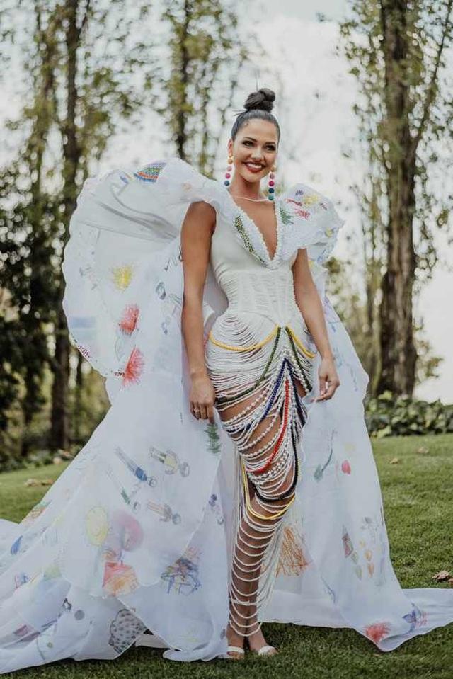 Gương mặt thiên thần và thân hình nóng bỏng của Hoa hậu Hoàn vũ Nam Phi - 6