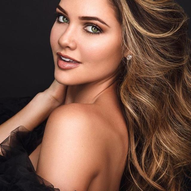 Gương mặt thiên thần và thân hình nóng bỏng của Hoa hậu Hoàn vũ Nam Phi - 5