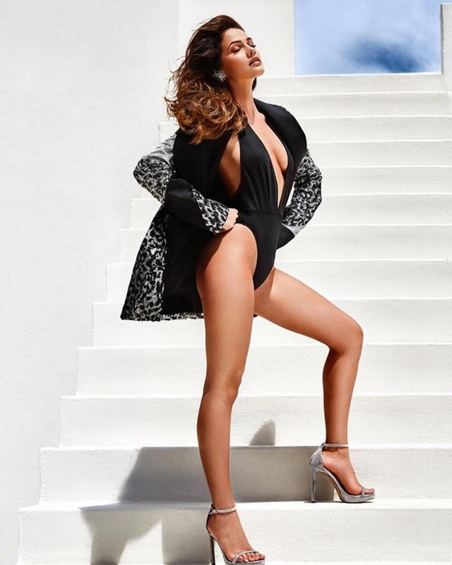 Gương mặt thiên thần và thân hình nóng bỏng của Hoa hậu Hoàn vũ Nam Phi - 9