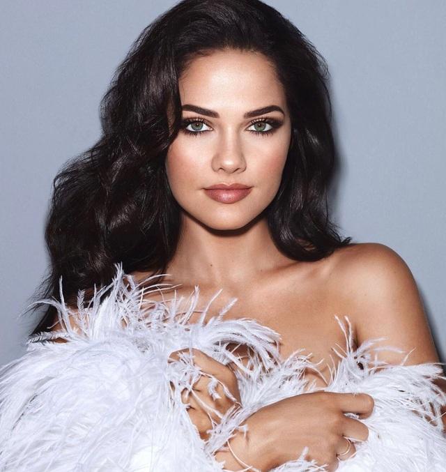 Gương mặt thiên thần và thân hình nóng bỏng của Hoa hậu Hoàn vũ Nam Phi - 2