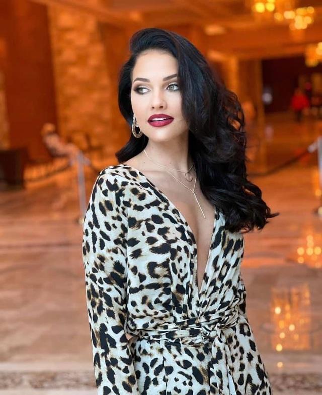 Gương mặt thiên thần và thân hình nóng bỏng của Hoa hậu Hoàn vũ Nam Phi - 24