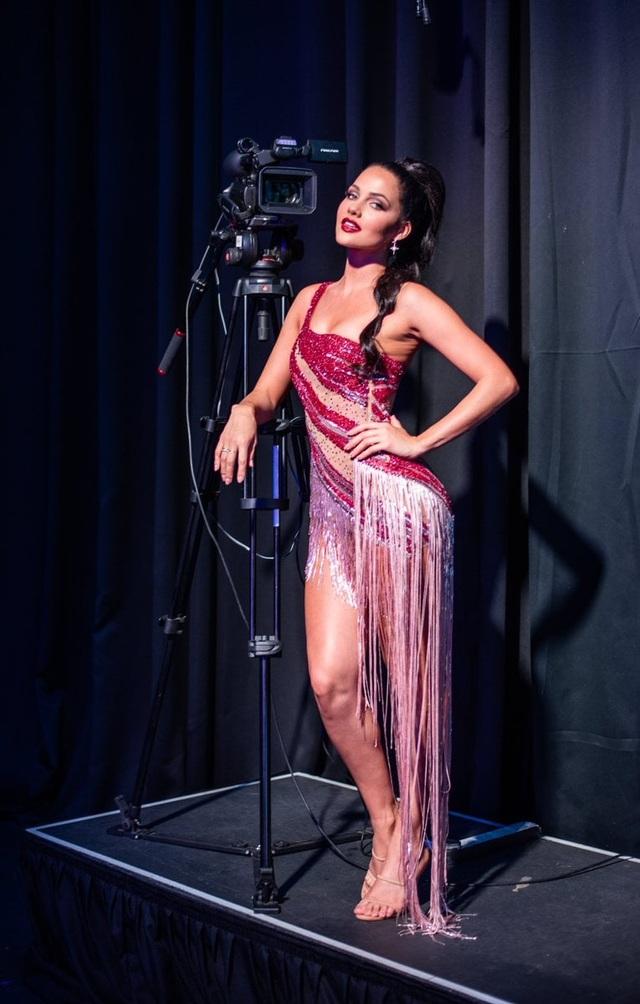 Gương mặt thiên thần và thân hình nóng bỏng của Hoa hậu Hoàn vũ Nam Phi - 14