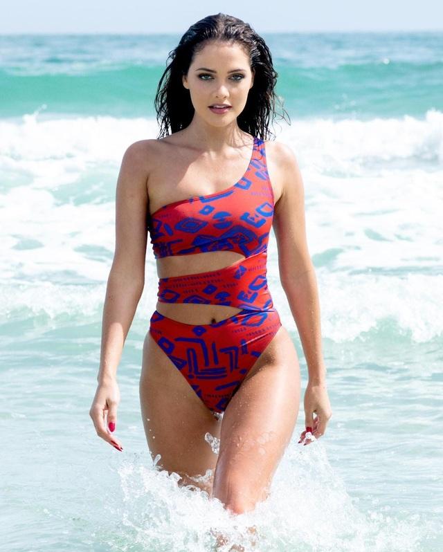 Gương mặt thiên thần và thân hình nóng bỏng của Hoa hậu Hoàn vũ Nam Phi - 11
