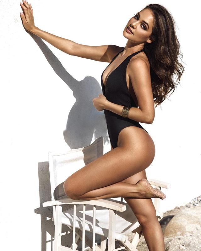 Gương mặt thiên thần và thân hình nóng bỏng của Hoa hậu Hoàn vũ Nam Phi - 1
