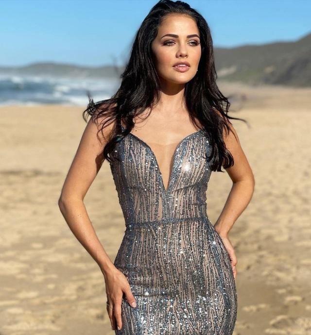Gương mặt thiên thần và thân hình nóng bỏng của Hoa hậu Hoàn vũ Nam Phi - 10