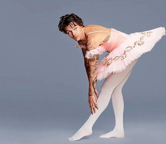 Bạn trai của Kendall Jenner, Taylor Swift thích mặc đồ nữ giới - 5