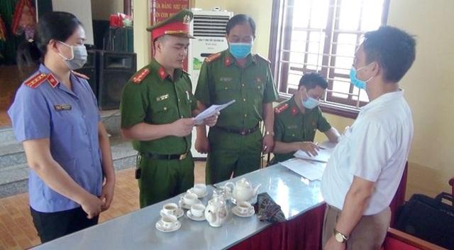 Vì sao nguyên Chủ tịch UBND xã Hòa Lộc bị bắt? - 2