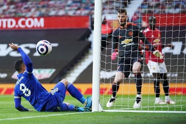 Trận thua của Man Utd khiến Man City vui mừng, Liverpool giận tím mặt - 16