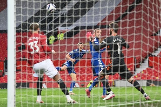 Trận thua của Man Utd khiến Man City vui mừng, Liverpool giận tím mặt - 6