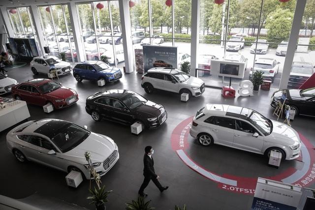 Ô tô đắt càng thêm đắt vì giá vật liệu bốc đầu - 1