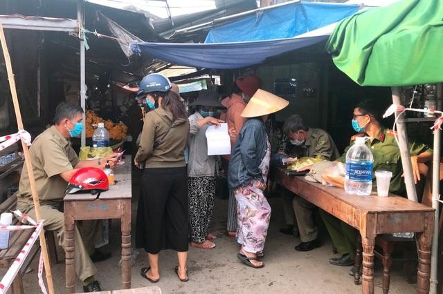 Thừa Thiên Huế lần đầu áp dụng tem phiếu đi chợ - 2