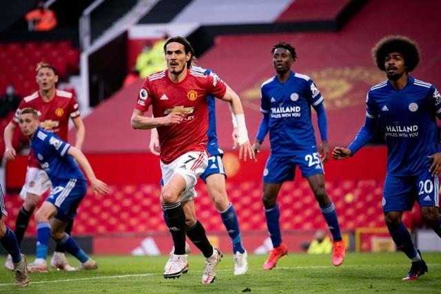 Trận thua của Man Utd khiến Man City vui mừng, Liverpool giận tím mặt - 17