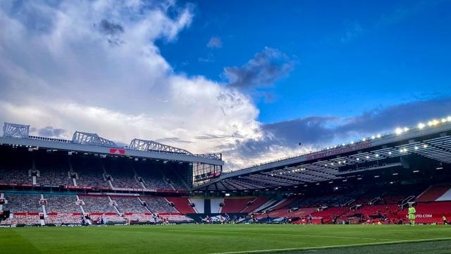 Trận thua của Man Utd khiến Man City vui mừng, Liverpool giận tím mặt - 3