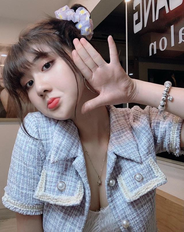 Hot girl Hải Phòng khiến dân tình bỏng mắt vì ngoại hình nóng bỏng - 7