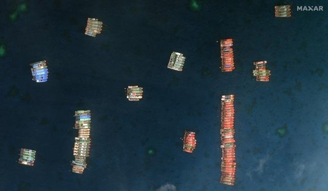 Philippines cáo buộc gần 300 tàu Trung Quốc hoạt động ở Trường Sa - 1