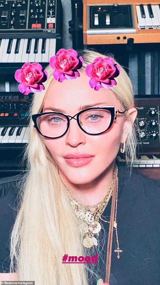 Madonna trẻ đẹp ngỡ ngàng ở tuổi 63 - 3