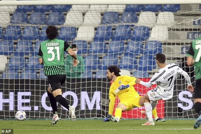 C.Ronaldo chạm cột mốc vĩ đại, Juventus giành chiến thắng quan trọng - 4