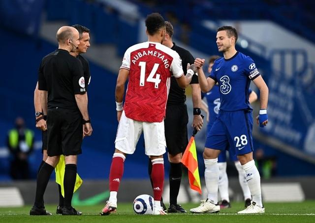 Jorginho, Kepa phạm sai lầm, Chelsea trắng tay trước Arsenal - 1