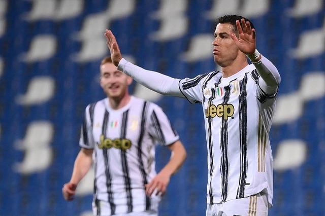 Một năm đói kém, Messi và C.Ronaldo bị McGregor soán ngôi - 2