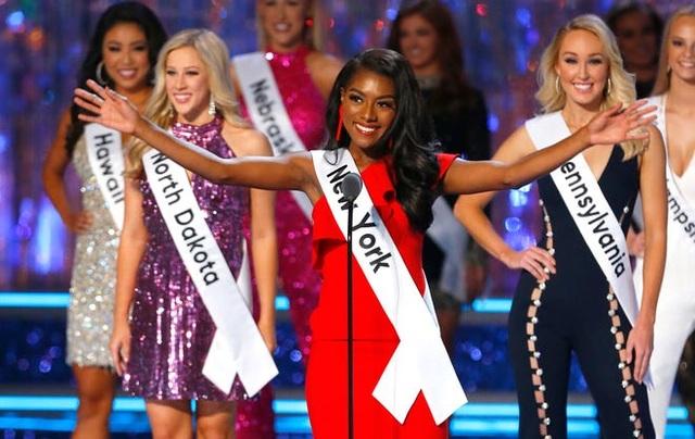 Bỏ thi áo tắm ở cuộc thi Hoa hậu: Ngưng dùng cơ thể phụ nữ để câu view - 5