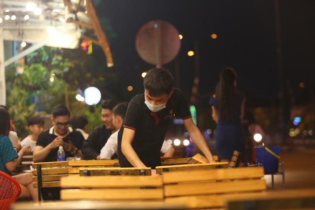 Quán nhậu Sài Gòn xập xình, nhộn nhịp bất chấp lệnh cấm tụ tập đông người - 6