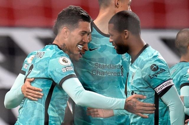 Trọng tài quay lưng, Liverpool vẫn thắng ngoạn mục trước Man Utd - 12