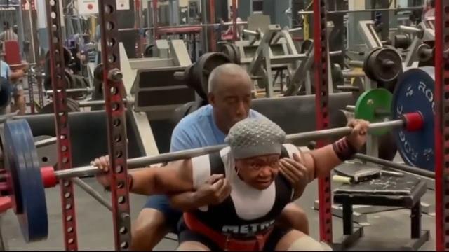 Bí kíp của cụ bà 79 tuổi nâng tạ 180kg, lập 19 kỷ lục thế giới - 1