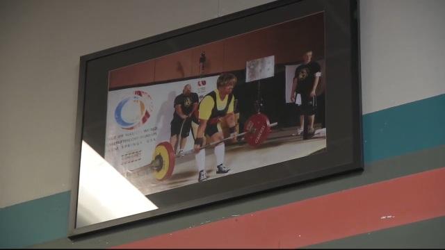 Bí kíp của cụ bà 79 tuổi nâng tạ 180kg, lập 19 kỷ lục thế giới - 2