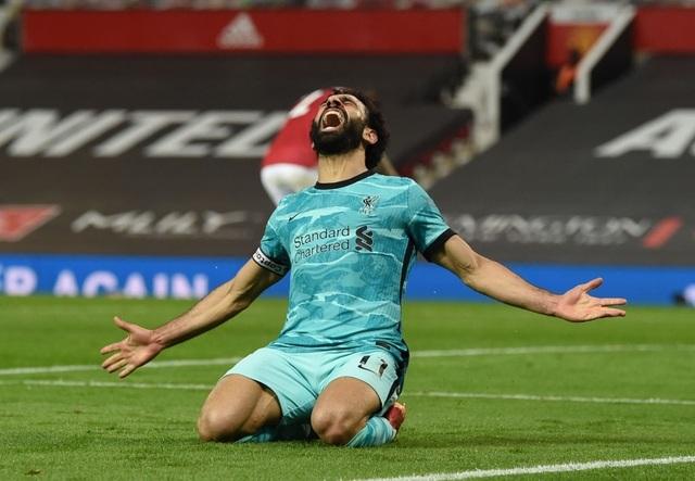 Trọng tài quay lưng, Liverpool vẫn thắng ngoạn mục trước Man Utd - 16