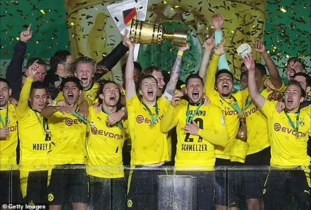 Sancho, Haaland tỏa sáng giúp Dortmund vô địch Cúp Quốc gia Đức - 7