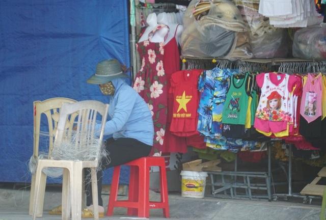 Thành phố biển Sầm Sơn ngủ đông ngay những ngày đầu hè - 15