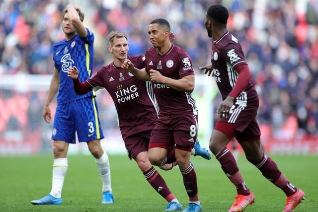 Sau 137 năm chờ đợi, Leicester đã ghi tên vào lịch sử FA Cup - 4