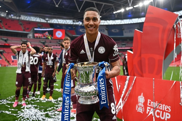 Sau 137 năm chờ đợi, Leicester đã ghi tên vào lịch sử FA Cup - 15