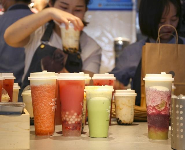 Từ thí sinh trượt đại học đến ông chủ chuỗi trà sữa cả trăm triệu USD - 2