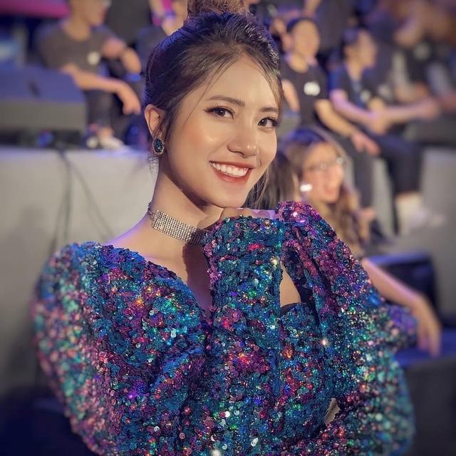 Hành trình trở thành MC chuyên nghiệp từ con số 0 của nữ sinh Thăng Long - 4
