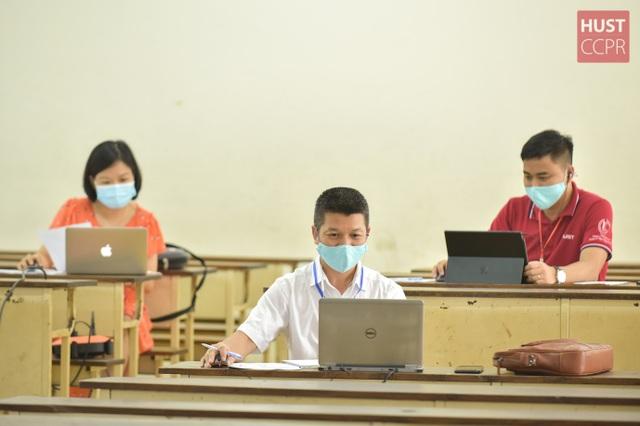 Hơn 200 hội đồng Bách khoa Hà Nội phỏng vấn online 2000 thí sinh tài năng - 1